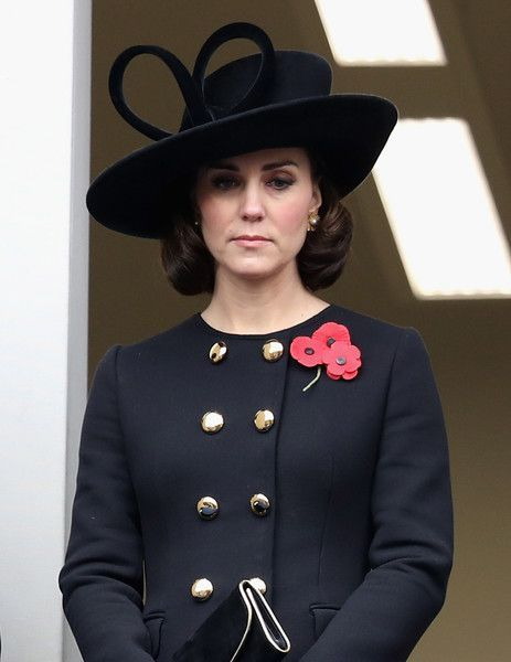 Kate Middleton Photos - Catherine, Duchess of Cambridge during the annual Remembrance Sunday memorial on November 12, 2017 in London, England.  The Prince of Wales, senior politicians, including the British Prime Minister and representatives from the armed forces pay tribute to those who have suffered or died at war. - The Royal Family Lay Wreaths At The Cenotaph On Remembrance Sunday