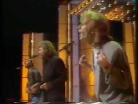 Bee Gees - Crazy For Your Love (live on Terry Wogan Show 1988)