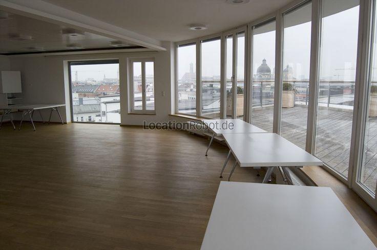 Im 7. Obergeschoss eines modernen Bürogebäudes in der Prinzregentenstraße in München, befindet sich ein außergewöhnliches und exklusives Penthouse, das für Vermietungen zur Verfügung steht.  Konf... https://www.locationrobot.de/filmlocation-muenchen-eventlocation-lr1691-li195
