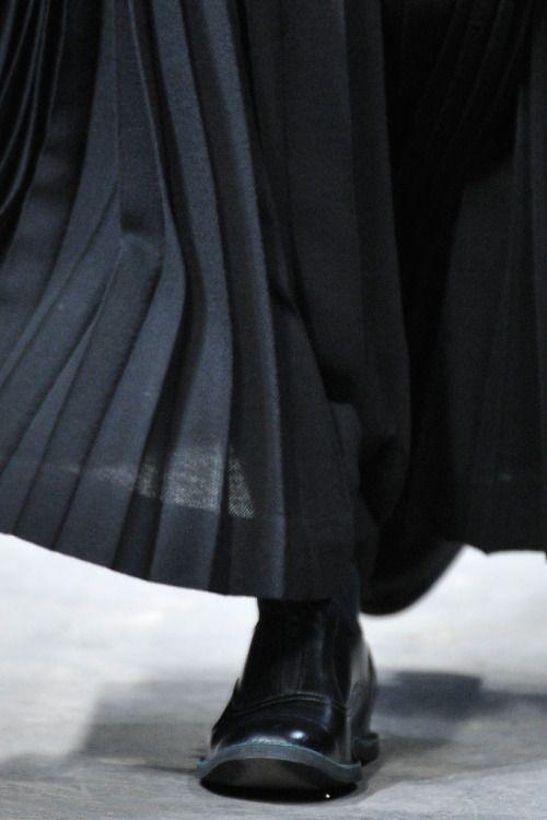 jaebum: yohji yamamoto f/w 2010