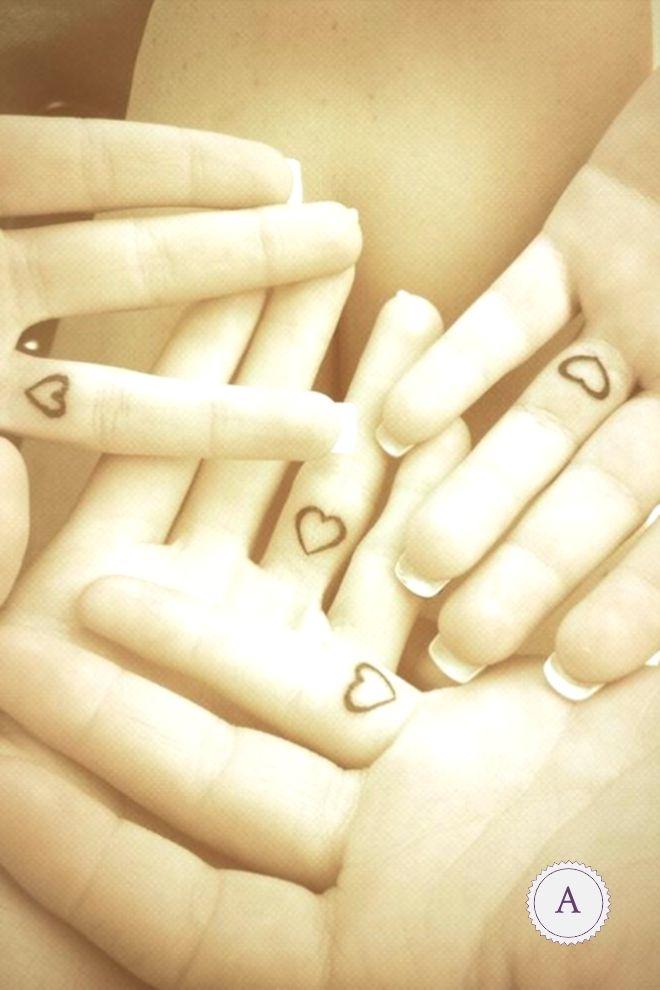 Für alle Geschwister: Passende Tattoo-Ideen, die mehr als spitze sind!