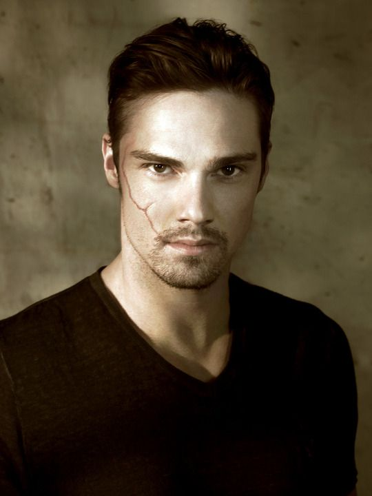 "Jay Ryan (Vincent Keller ""The Beast"" in CW's Beauty and the Beast)"