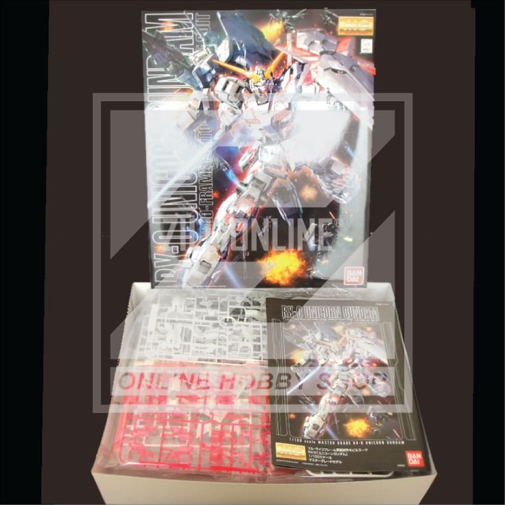 [MODEL-KIT] MG 1/100 - RX-0 - UNICORN GUNDAM [ Ver.OVA ]. Item Size/Weight: 39 x 31 x 9.3 cm / 925g*. (*ITEM SIZE & WEIGHT BEFORE PACKAGED). Condition: MINT / NEW & SEALED RUNNER. Made by BANDAI.