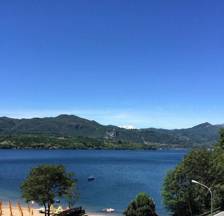 €55 Piccolo albergo con vista sul Lago d'Orta, il Fontaine Bleue sorge a 3 km dal centro città e offre un ristorante, l'ingresso gratuito alla spiaggia...