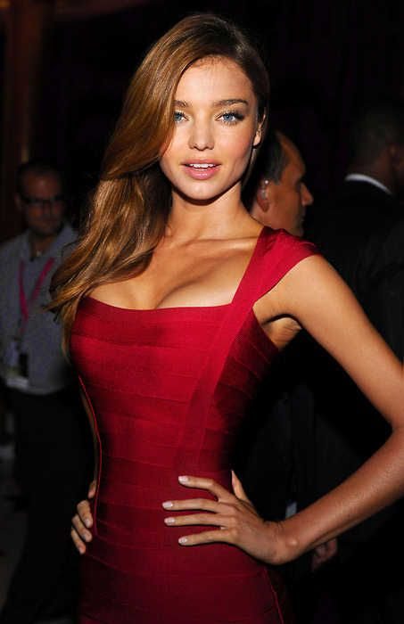 Seeing red with Miranda Kerr #HerveMyWay