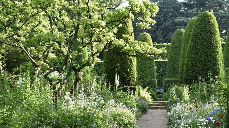 The National Trust's Hidcote, Gloucestershire, is an Arts and Crafts garden in the north Cotswolds.