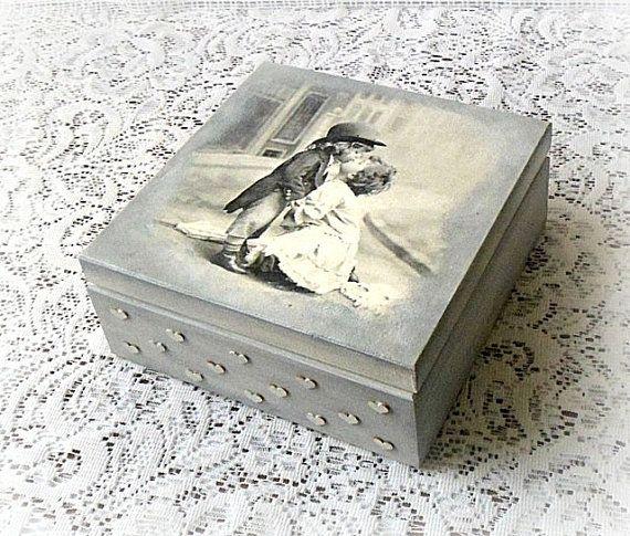 Vintage style wooden keepsake box , jewelry box , wedding box , decoupage.box , vintage children , kissing children , grey box