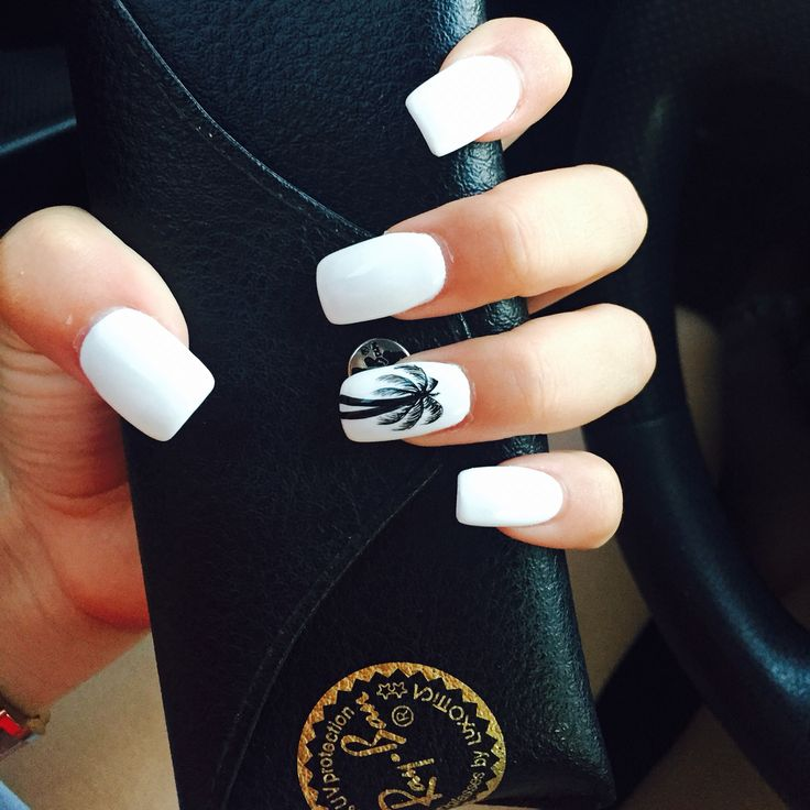 Shellac white nails with a palm tree (: