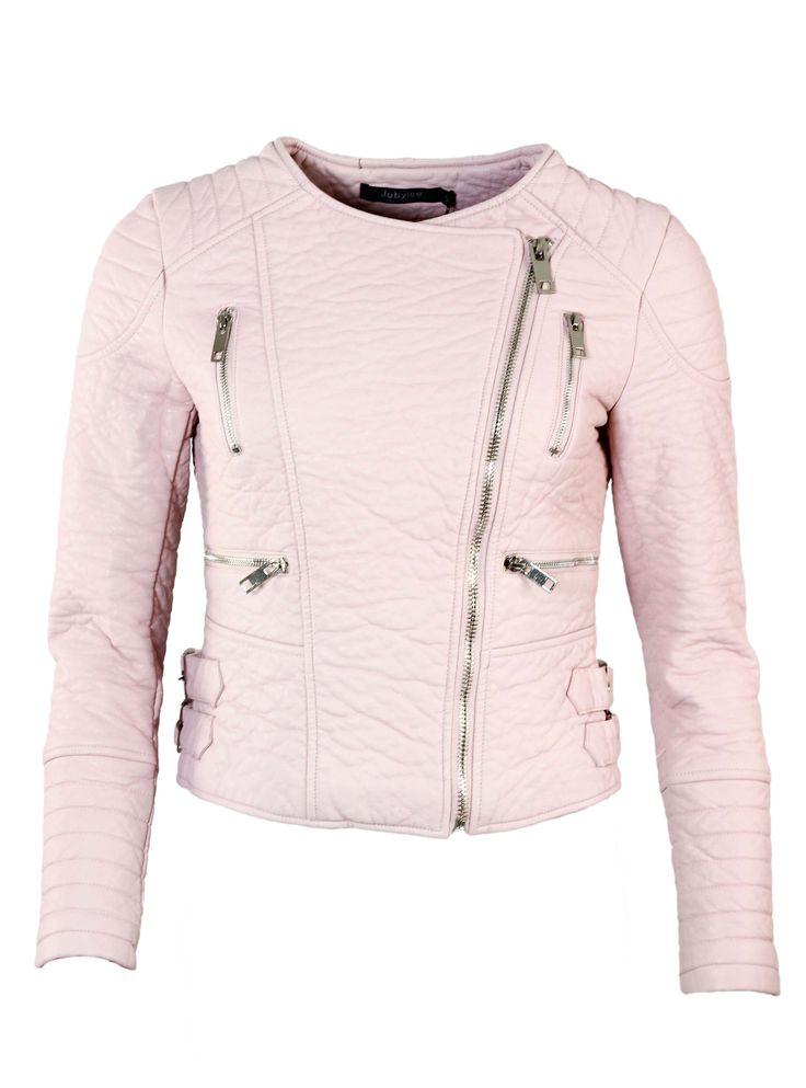 Craquez pour ce blouson rose ! Un indémodable que toute femme se doit d'avoir dans son dressing ! http://tinyurl.com/pshq73s  #blouson #mode #rose #tendance