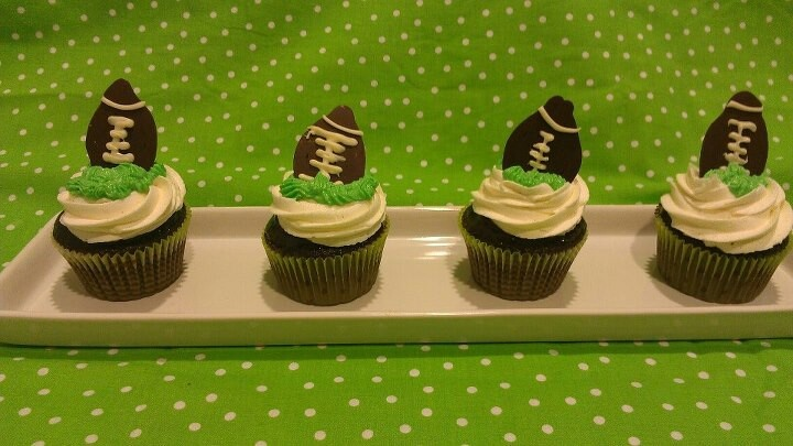 Tailgate party cupcakes | Tailgate Party | Pinterest | Tailgate ...