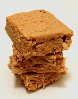 Peanut butter and jelly fudge | Yum ! | Pinterest