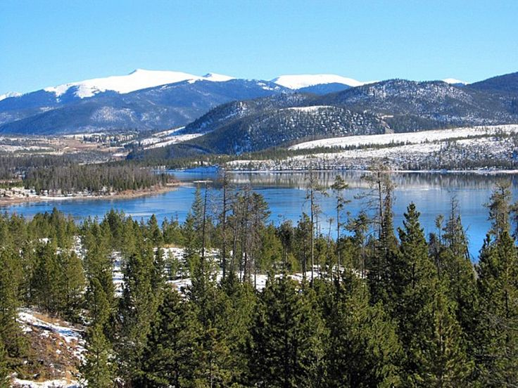 https://flic.kr/p/HmUL1z   Lake Dillon   Dillon Reservoir, sometimes referred to as Lake Dillon, is a large fresh water reservoir located in Summit County, Colorado, south of I-70