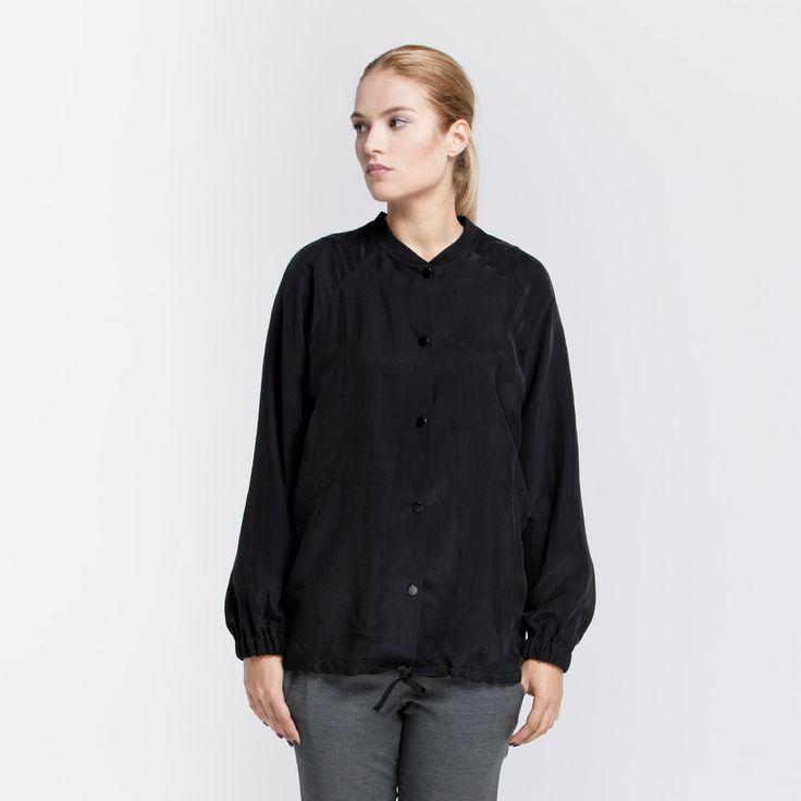 Lana Bomber Jacket Elementy #lana #bomber #jacket #viscose #black #elementy #polishfashion #classic #minimal #simplicity #bomberka #polskamoda #wiskoza #minimalizm #aw16
