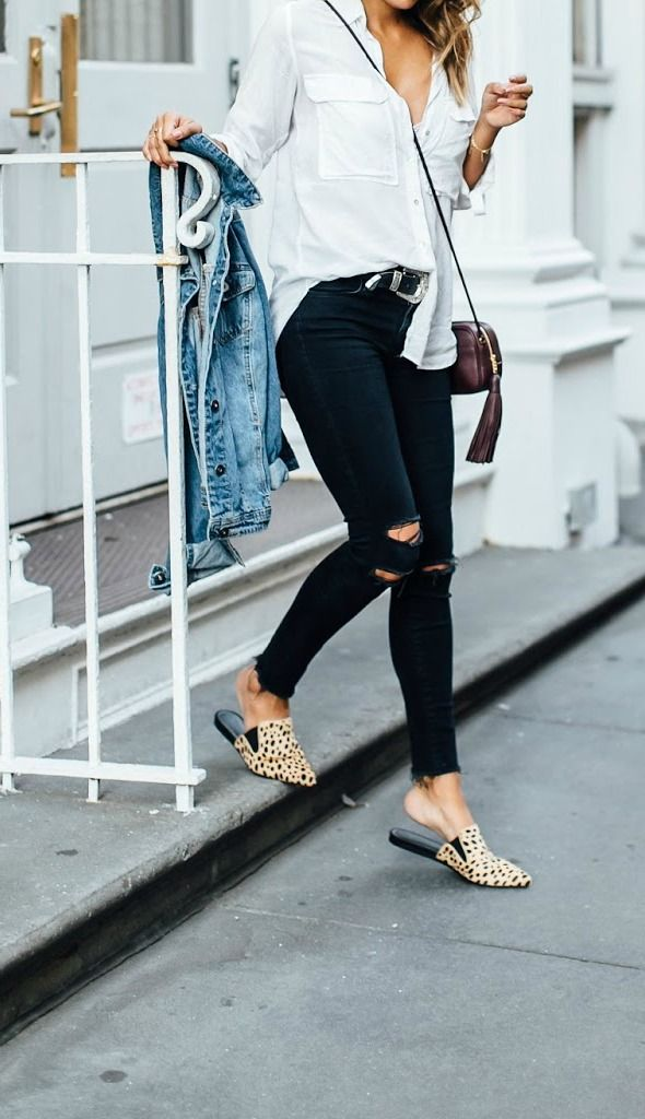 easy fall outfit: jeans, white blouse, denim jacket and leopard slides