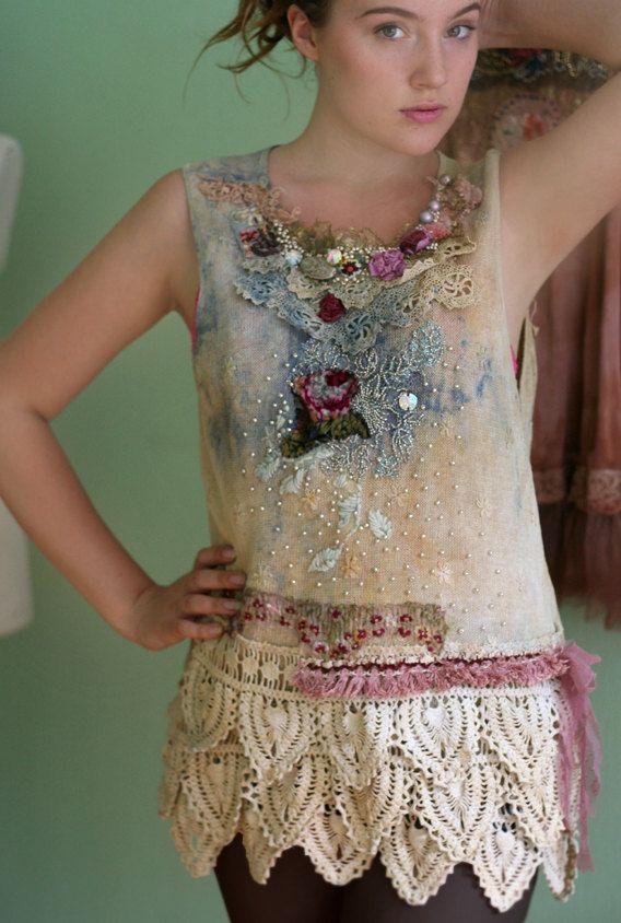 La lluvia de verano, bordado a mano romántica, collage textil, arte para vestir, teñido a mano, detalles de cuentas la mano,