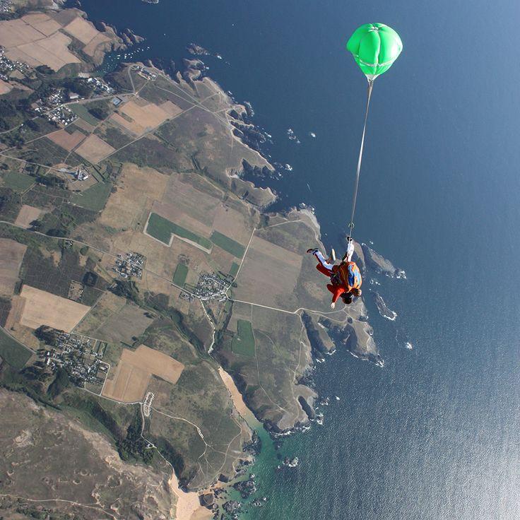 Les 25 meilleures id es de la cat gorie quiberon belle ile - Saut parachute vannes ...