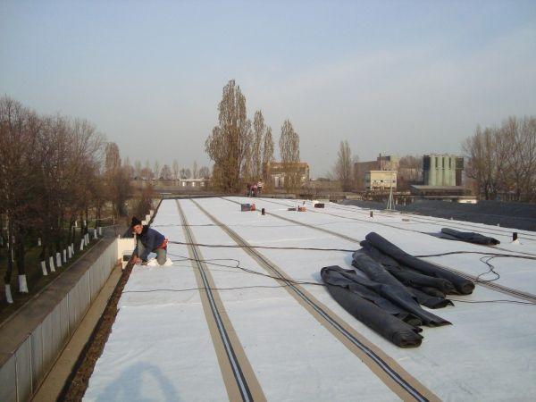 Hidroizolatii profesionale – Acoperis terasa, Bucuresti, 850 m²_3 http://hidroizolatiiromania.ro/portfolio/acoperis-terasa-bucuresti-850-m²/
