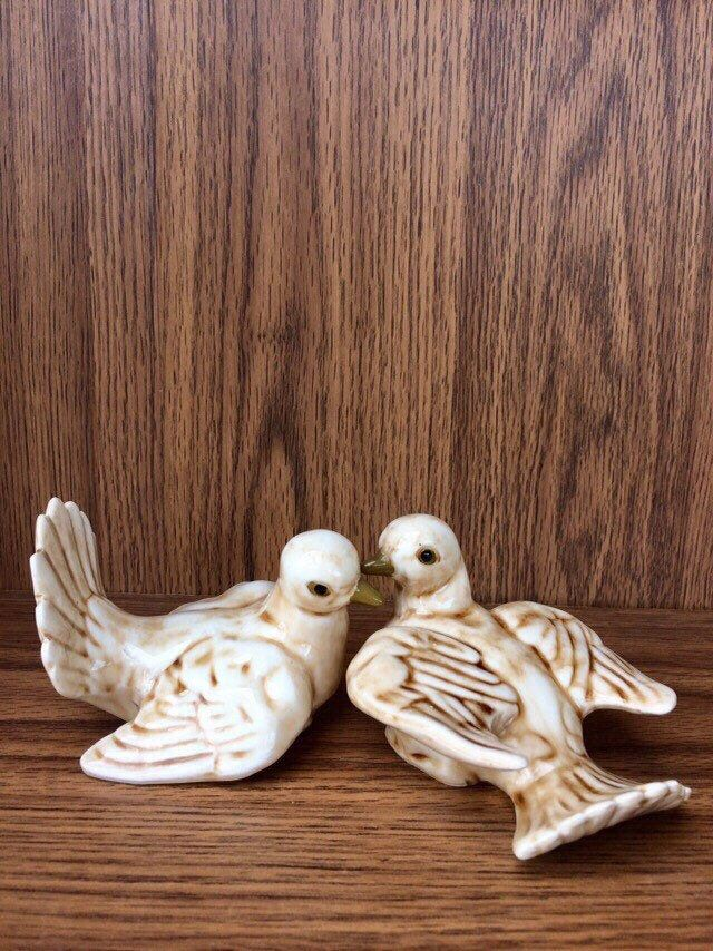 Vintage Pair Ucgc Japan Doves Pigeon Bird Figurines Fantail Etsy Pigeon Bird Fantail Pigeon Dove Pigeon