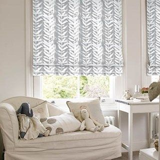 Roman Blind_Isra Dove Grey_Roomset