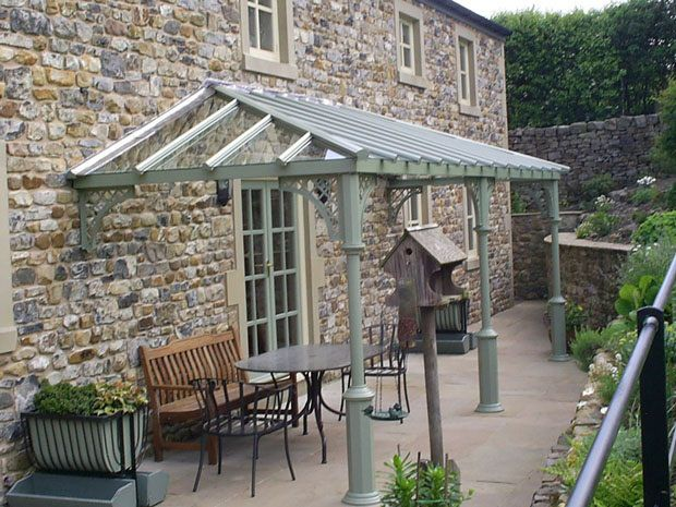 "<p style=""color:#FFF"">A beautiful V8 columned Verandah, with Lattice quarter arches, in Lancashire. <br/>£9420.00++</p><form id=""wish-list"""