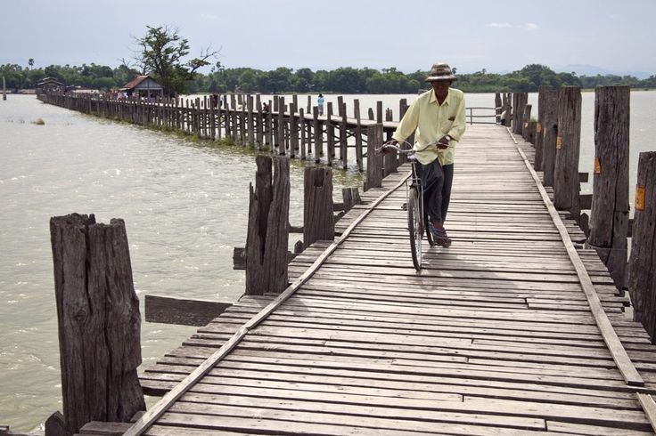 #UBeinBridge the world's #LongestWoodenBridge a crossing that spans the #TaungthamanLake near #Amarapura in #Myanmar.