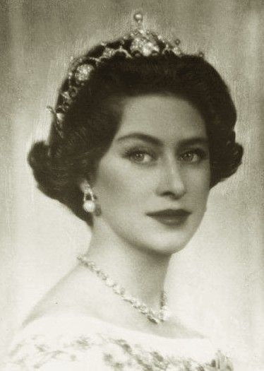 Princess Margaret of Great Britain by Ghitta Carell, wearing the Papyrus tiara, also known as the Lotus tiara.