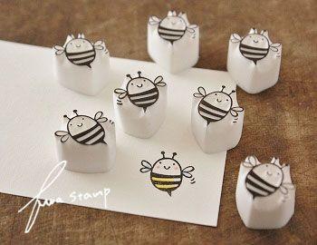 【ふわふわ堂】 コロコロ蜂