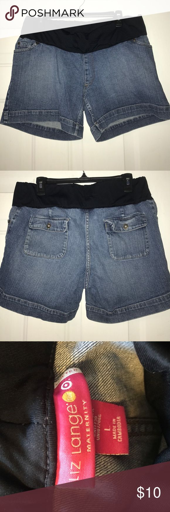 🤰🏻Maternity Jean Shorts Used 🤰🏻Maternity Jean Shorts in excellent conditions. Liz Lange Shorts Jean Shorts