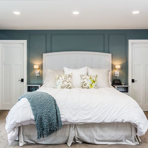 Slate blue master bedroom blue walls master bedroom for Slate blue kitchen decor