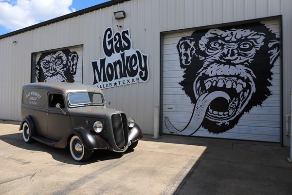 8 best gas monkey garage 1937 ford panel delivery van for Garage ford le plessis grammoire