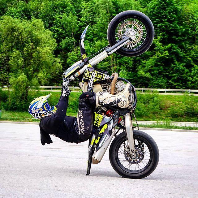 Wheelie Into The Weekend