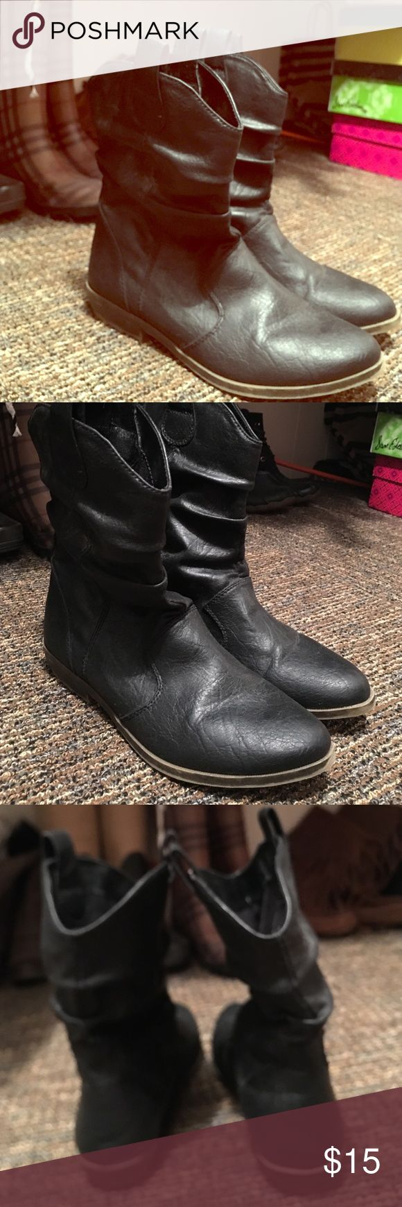 Barely worn cow boy booties 🐮 Black leather Old Navy Shoes Ankle Boots & Booties
