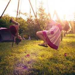 """Mutlu Olmak  """"Mutluluk, sorunsuz bir yaşam değil, onlarla başa çıkabilme becerisidir."""" http://www.zemu.net/mutlu-olmak.html"""