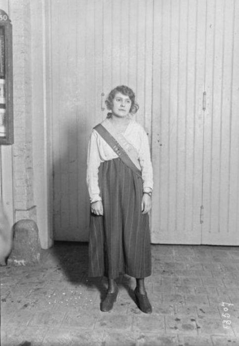 Алиса Ульпиан, Франция, 1921 год.