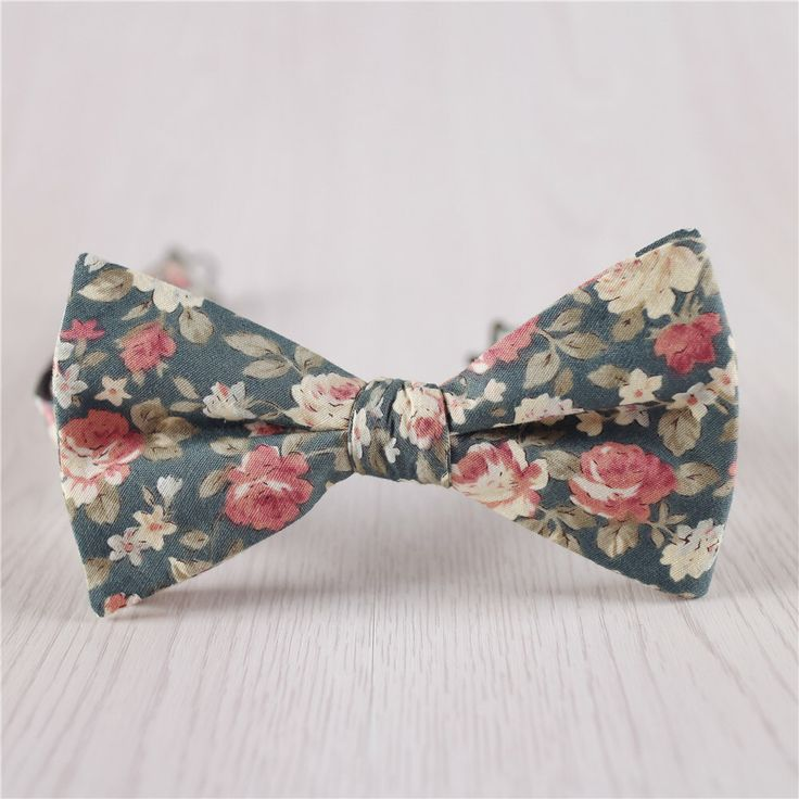 I don't even wear Bow ties but this is so cool BALANCEVALUEConcertO on Etsy https://www.etsy.com/listing/252876326/army-green-bowtiesfloral-printed