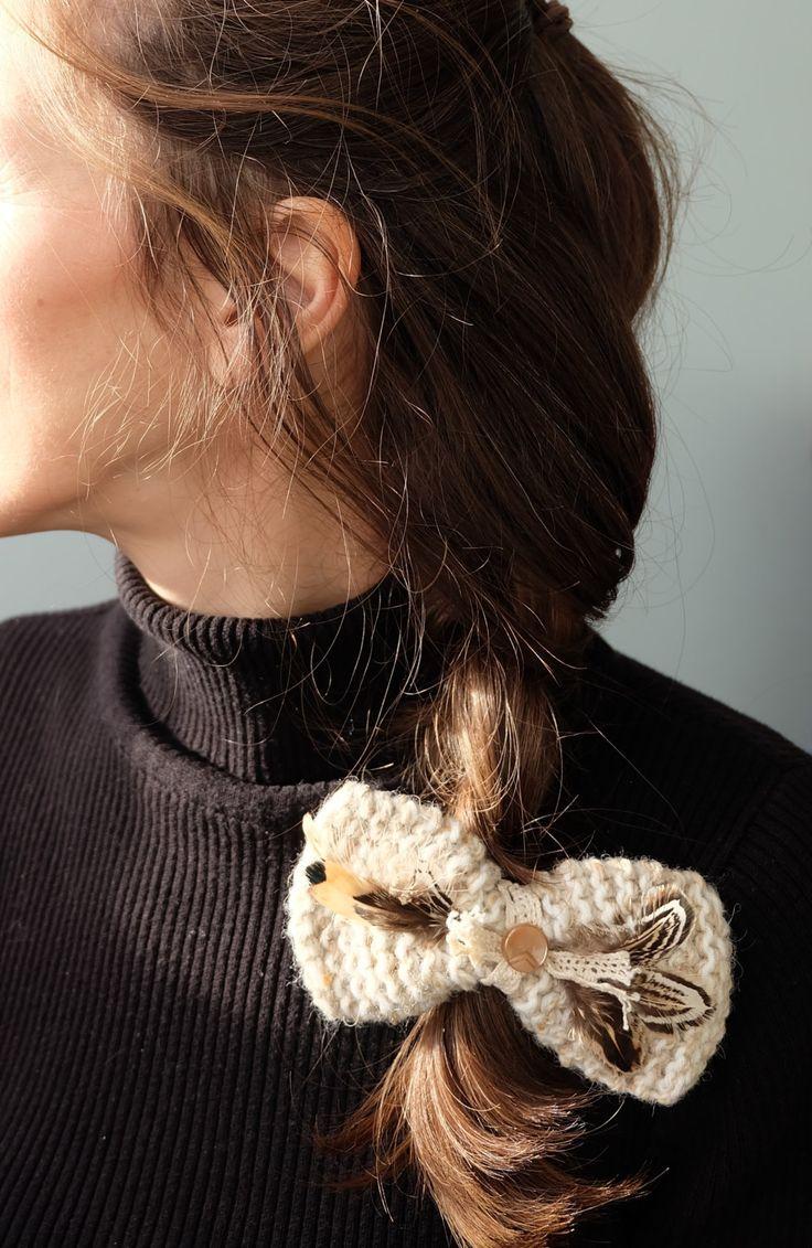 Vintage hair accessory holder - Cream Hair Clip Barrette Feather Hair Clips Vintage Lace Knit Hair Bow Cream Bow