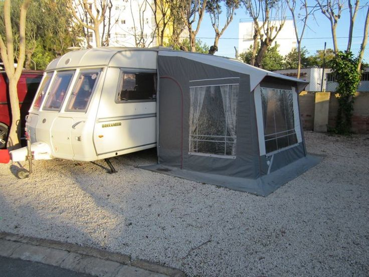 A very cheap Touring Caravan! Currently sited in Altea but ready to be sited on one of the many Benidorm Caravan parks. The Caravan can be towed to any of the local Caravan sites and could prove a ...