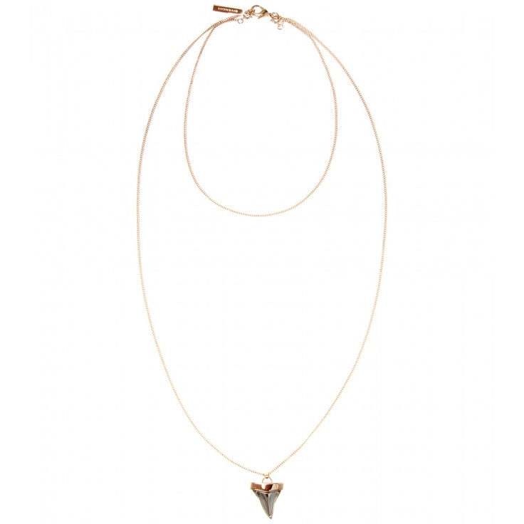 COLLANA CON CIONDOLO A DENTE DI SQUALO seen @ www.mytheresa.com FAVOLOSA <3