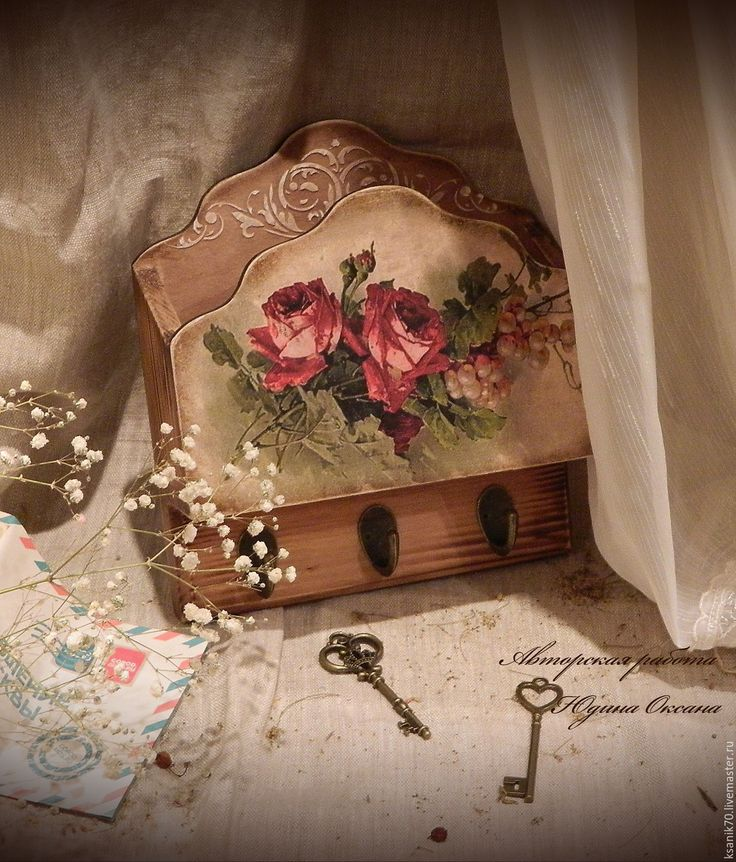 """Купить Ключница """"Розы цвета бордо """"..Автор Юдина Оксана - ключница, ключница настенная"""