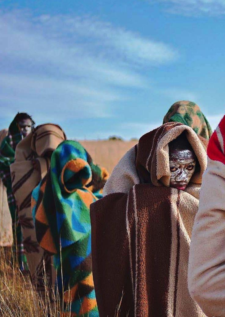 Ragazzi Xhosa durante la cerimonia della circoncisione
