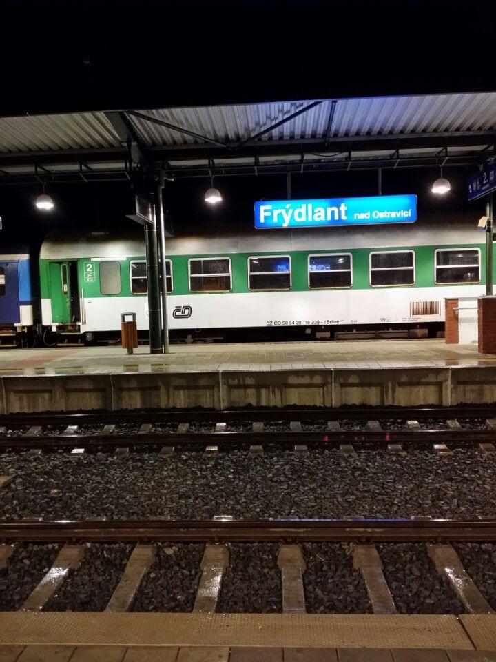 Železniční stanice Frýdlant nad Ostravicí ve městě Frýdlant nad Ostravicí