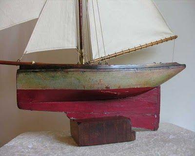 quinze marins sur le bahut du mort bateaux jouets voiliers de bassin vintage pond yacht. Black Bedroom Furniture Sets. Home Design Ideas