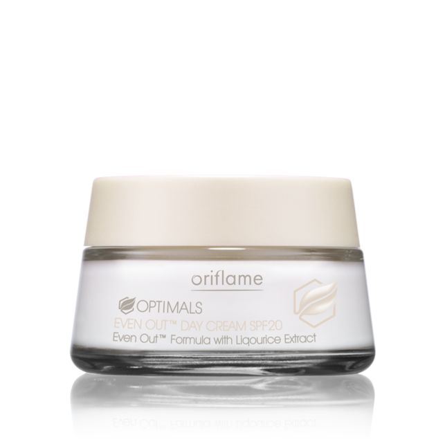 Oriflame Optimals Even Out Day Cream SPF20 (18826) - Effective formula enriched with Even Out complex fights dark spots and hyperpigmentation. High-performing formula reduces existing pigmentation and helps prevent the appearance of dark spots. With vitamin E and UV filter for extra protection from photo-ageing. SPF 20. 50 ml.