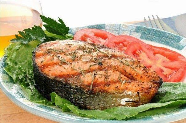 ✔ Рецепт 1: Рыба запеченная в фольге в духовке Фольга – отличное изобретение человечества – защищает пищевое сырье, как посуда, но н...