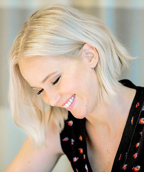 Jennifer Lawrence // blonde hair