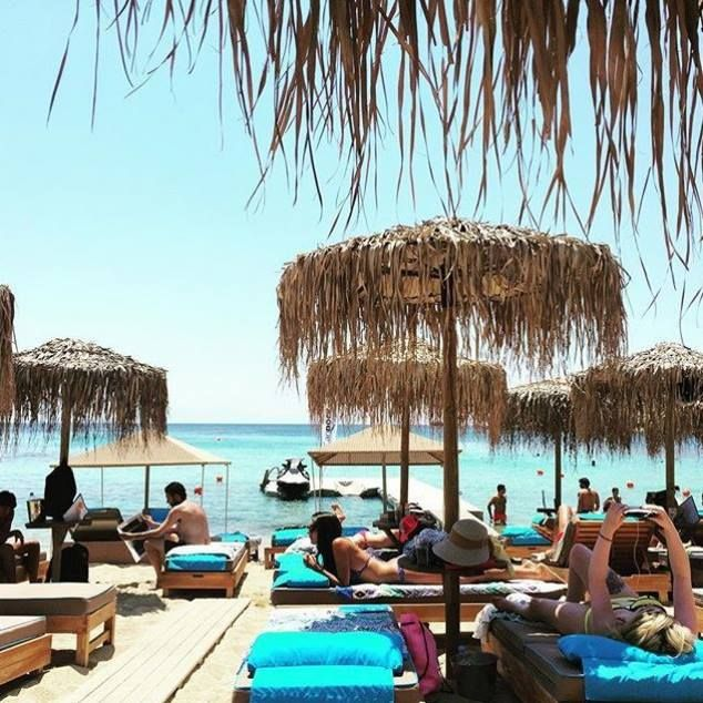 Kalua beach is always the perfect place to enjoy a warm #wednesday !!!  #gmorning #happy #morning #relax #sunny #day #blue #sea #gold #sand #love #beachlife #paragabeach #kaluabeach #visit #Greece #exotic #island #Mykonos #joinus #kaluamykonos