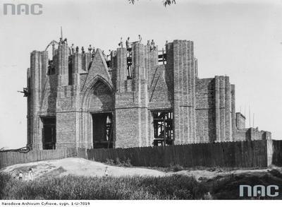 Budowa kościoła na pl. Szembeka