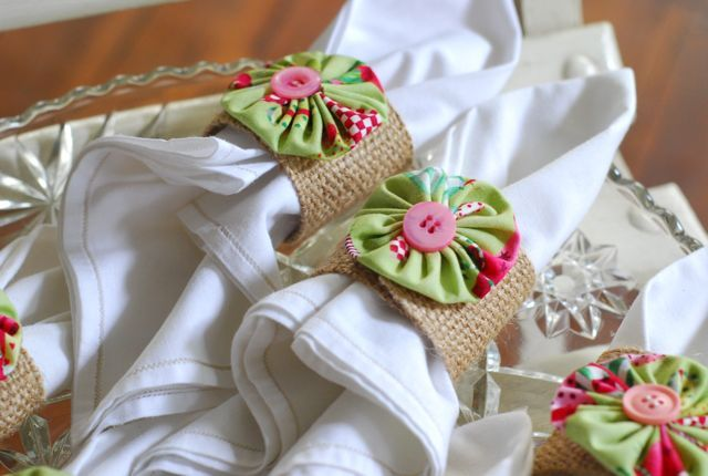 pretty yo yo napkin rings