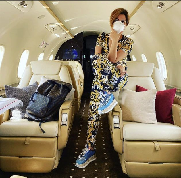 Icymi شمس الكويتية ومعلومات النجاة من كورونا صورة Coat Fashion Jackets