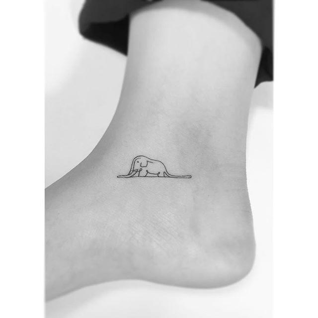 . . 보아뱀과 코끼리 라인작업. . #tattoo #tattoos #art #design #illustration #linetattoo…